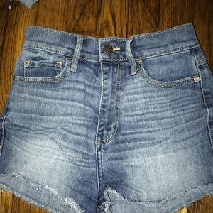Abercrombie high rise short shorts size 00